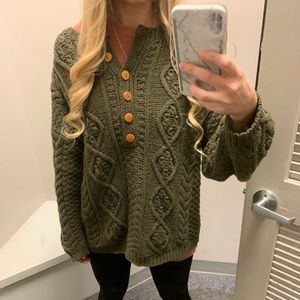 Oversized Cable Knit Sweater Medium